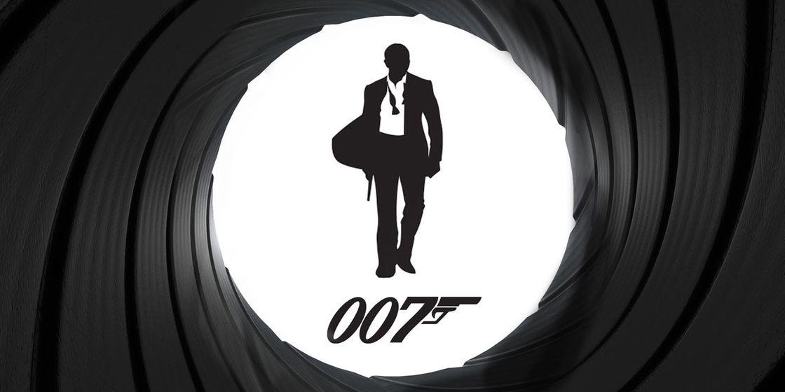 Brewster Pratap organise special James Bond 'SPECTRE' screening